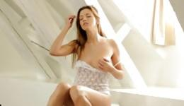Luxurious and incredibly sexy girl can't help masturbating her yummy pussy