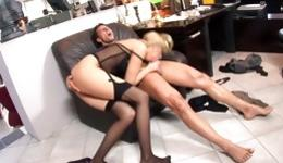Hot blonde is giving a deep throat blowing to this stiff boner and drills